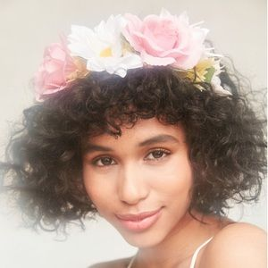 NWT Oh Snap Flower Crown